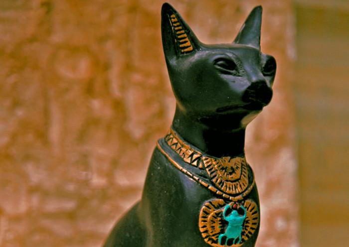Figura de la diosa Bastet de Egipto